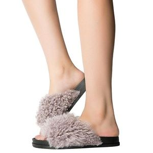 Cape Robbin Faux Sheep Fur Slides
